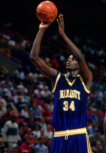 Playing for Farragut High in 1995. Garnett averaged 25.2 pts, 17.9 rebs, 6.7 asts & 6.5 blks in his senior year
